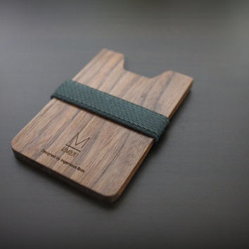 Classic simplicity wallet for men and women / Slim & Light / (Charcoal X Walnut wood) / a very dark gray, nearly black