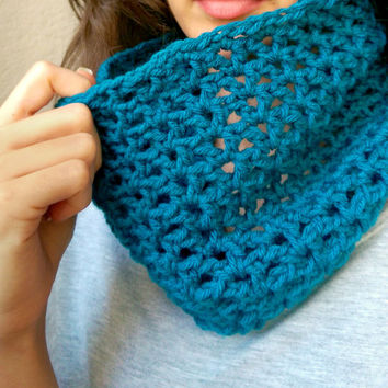 Crochet Spring Infinity Scarf, Lacy Infinity Spring Scarf, Lace Summer Scarves, Crocheted Summer Cowl, Lacy Spring Cowl, Spring Circle Scarf