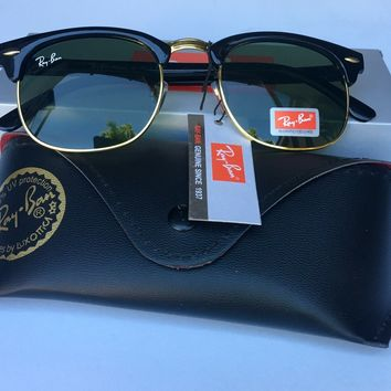 Ray Ban Clubmaster 3016 Green G-15 Lenses Black and Gold Frame. 49 mm.