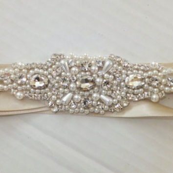 Wedding Belt, BAILEY, Bridal Sash, Pearl Sash, Rhinestone Sash, Bridal Belt, Wedding Sash, Flower Girl Sash