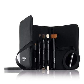 CHANEL BRUSH UP BRUSH SET