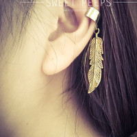 Gold Feather EarCuff
