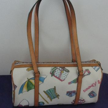 Adorable Dooney and Bourke Leather HandBag