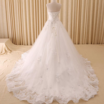 Sweetheart Long Train Wedding Dress with Lace Appliques and Crystals Bridal Gown Vestido De Noiva