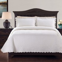 Lamont Home Kinsley Coverlet