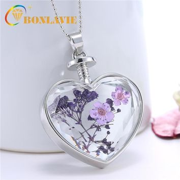 17 Designs Dried Flower Pendant Necklace Lovely Heart Crystal Glass Necklace Women Jewelry Accessories