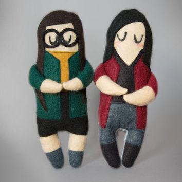 Set of Two Daria and Jane - Felt Plush Dolls - Daria Morgendorffer - Jane Lane - MTV Daria Inspired Plushie