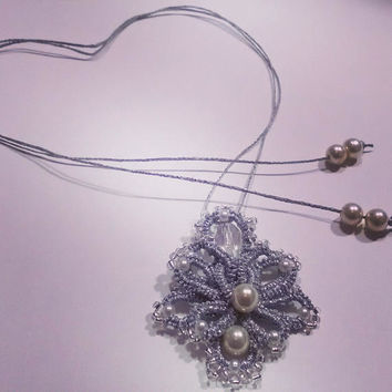 Romantic, Elegant and Stylish/Antique Filigree Set / Tatting Lace/ Vintage Tie-dye Lace/ Delicate Layered Necklaces