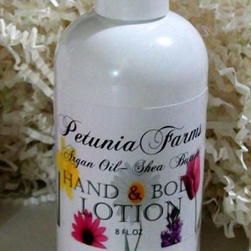 Geranium Flowers 8oz Hand and Body Lotion