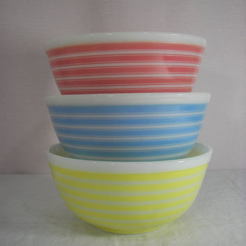 Vintage Pyrex Rainbow Stripe Yellow Pyrex Bowl