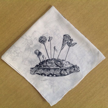 Vintage Bride's Handkerchief Gorgeous Novelty Print with Hat Pins Pin Cushion and Engagement Ring