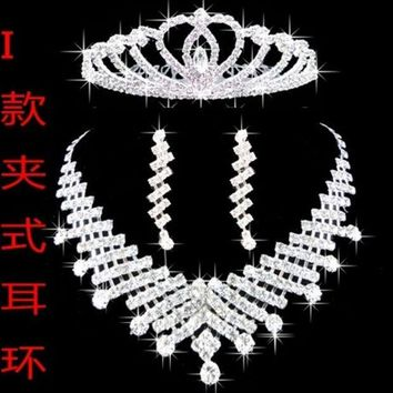 PEAPIX3 Fashion accessory Bride jewelry three piece set post wedding necklace pearl crown set Korean jewelry wedding accessories (Color: Silver)