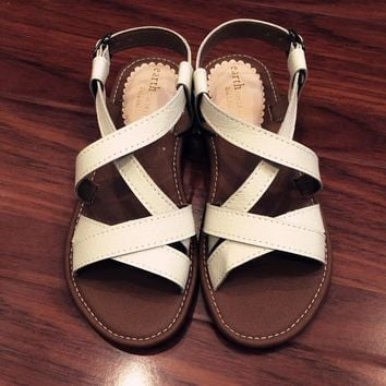 Ladies White Leather Flat Beach Slippers Sandals