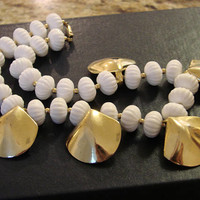 Chunky Retro Modernist White Textured Bead Gold Tone Necklace * Statement Necklace *  Vintage Jewelry * Jewellery