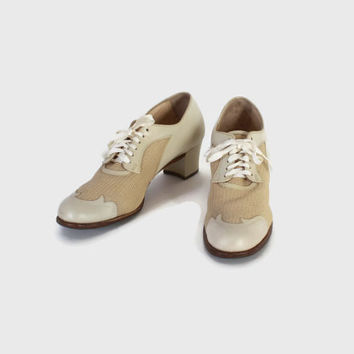 Vintage 40s HEELS / 1940s Ivory Leather & Mesh Lace-Up Oxfords Wedding Shoes 9