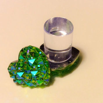 00g, 0g, 2g, 4g, 6g, 8g SUPER Sparkly Green Heart Plugs OR Stud Earrings Perfect for everyday Special Occasion