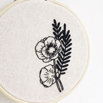 "Wildflower Black Work Floral 4"" Hand Embroidery Hoop"