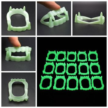 1 PC Vampire Fake Teeth Luminous Glow in the Dark Gag Terrorist Toy for Halloween Party Cosplay Props for 5Y+ People