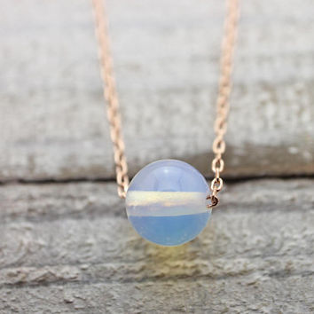 Round moonstone rose gold chain necklace