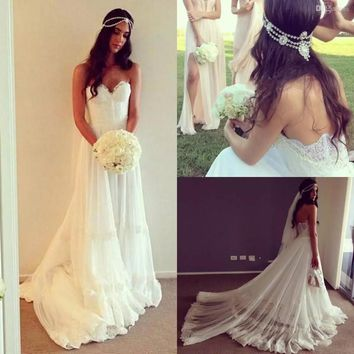 Vintage Dresses Beach Wedding Dress Cheap Dropped Waist Lace Appliques Bohemian Strapless Backless Boho Bridal Gowns With Chapel