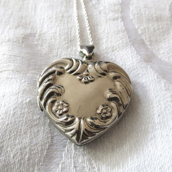 Vintage Sterling Heart Locket Necklace, Art Nouveau Heart Locket, Vintage Art Nouveau Jewelry, Valentines Day, Love Locket
