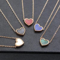 Small Flower Side Heart-Shaped Titanium Steel Necklace Simple Peach Heart-Shaped Collarbone Chain Accessories