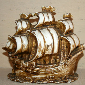 Ceramic Pirate Ship Spanish Galleon Vintage Aquarium Decoration Tilso Made in Japan Numbered Hand Painted Ship Figurine Fish Bowl Fish Tank