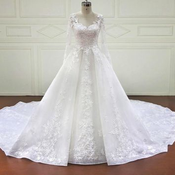 Ball Gown Wedding Dresses Newest Design Lace Appliques Pearls Bridal Gowns