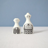 Vintage Scandinavian Mother and Child Shakers