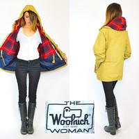 warm honey colored HOODED all-weather WOOLRICH retro jacket PARKA, extra small-medium