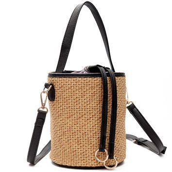 2017 Summer Women Straw Beach Bags Japanese Fashion Weave Handbag Lady Large Capacity Drawstring Bucket Basket Shoulder Bags