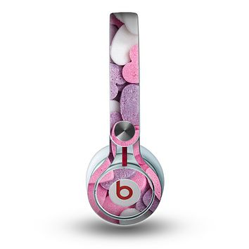 The Pink and Purple Candy Hearts Skin for the Beats by Dre Mixr Headphones
