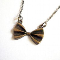 Doctor Who: 11th Doctor's bow tie pendant necklace