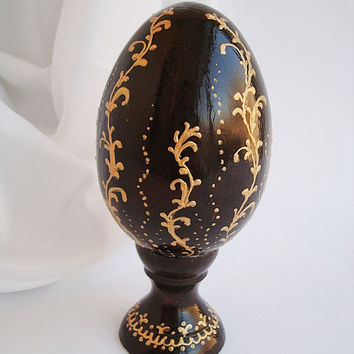 Black and Gold Egg With Stand,  Hand Painted Egg, Easter egg, Egg arts and crafts, Egg wood, orthodox easter 2016, collection eggs
