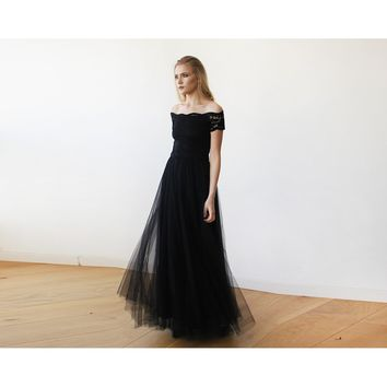 Black Lace Off-the-Shoulder Short Sleeve Tulle Maxi Dress 1139