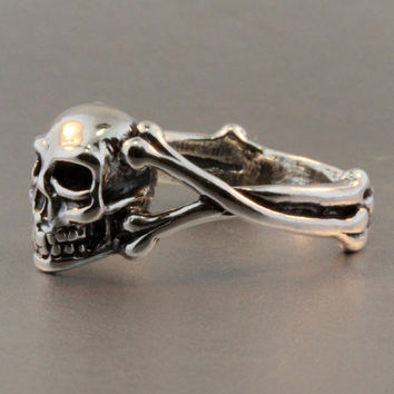 Skull Ring Silver - Skull and Crossbone Ring - Silver Skull - Biker Ring - Gothic Ring - Steampunk Ring