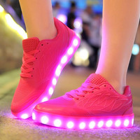 2017 Spring summer autumn Women led luminous casual shoes glowing Light up skate basket led new simulation shoes size 35-40