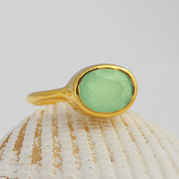 Faceted Green Chalcedony Vermeil Gold oval stacking bezel set ring - August Birthstone