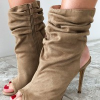 Always Late Heels: Taupe