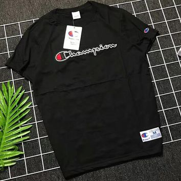 Champion 18SS Couple Embroidered Chest Embroidered Logo Embroidered Short Sleeve F-AA-XDD Black