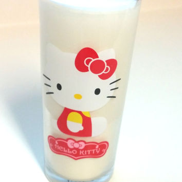 Hello Kitty Soy Candle - 15 oz Glass
