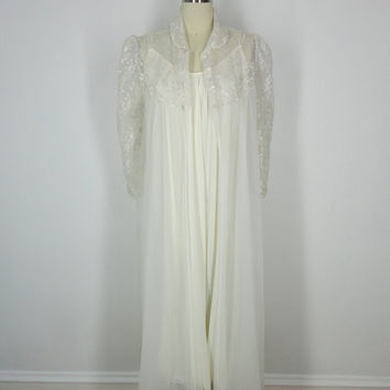 Vintage Peignoir Set / Robe and Nightgown / Ivory with Taupe Lace / Wedding Lingerie / 1980s / Size Medium M