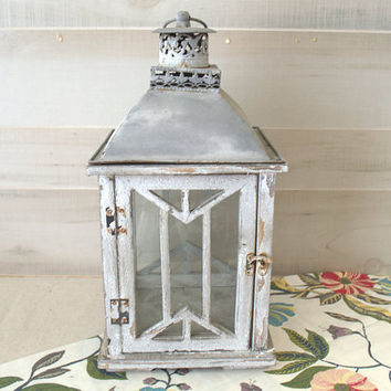 Vintage Wood Candle Lantern, Distressed Finish White Wooden Candle Lantern,  Shabby Chic Decorative Lantern, Hanging Wood Lantern