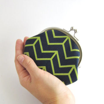 Frame Coin Purse- green chevron in navy blue