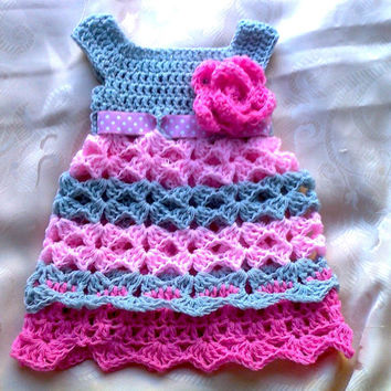 Newborn girl dress in pink gray with crochet flower- Infant clothes- baby girl dresses - baby summer dress- crochet dress - handmade dress