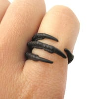 Realistic Animal Bird Claw Shaped Wrap Around Ring in Black | Animal Jewelry