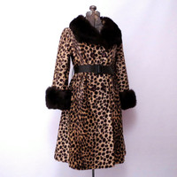 Safari Cheetah Coat by Sportowne Leopard Coat Fit and FlareBelted Fur Trim Fur Collar Fur Cuffs size M to L #vintageleopardcoat