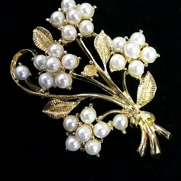 Estate Jewelry-Leaf Gold and Pearl Brooch