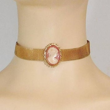 Mesh Collar Choker, Cameo Pendant, Gold Collar Mesh Choker Necklace, Adjustable, Metal Choker, Vintage Jewelry, Steampunk Medieval,