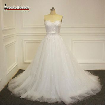 New Strapless Wedding Dress With Shinny Tulle